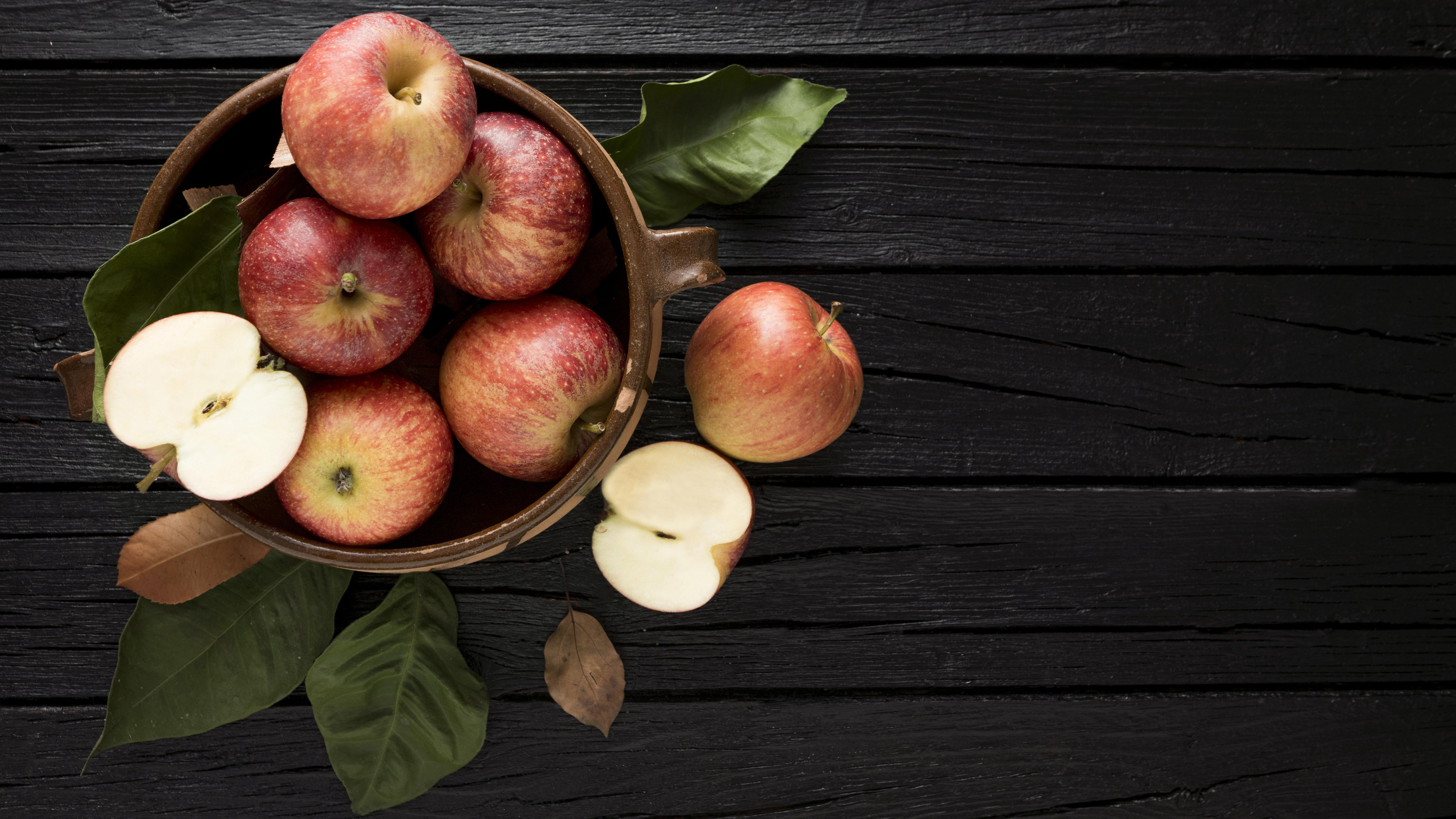 top-view-apples-basket-with-copy-space
